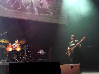 Rock live ΤΡΥΠΕΣ & ΤΑ ΞΥΛΙΝΑ ΣΠΑΘΙΑ_ροκ1