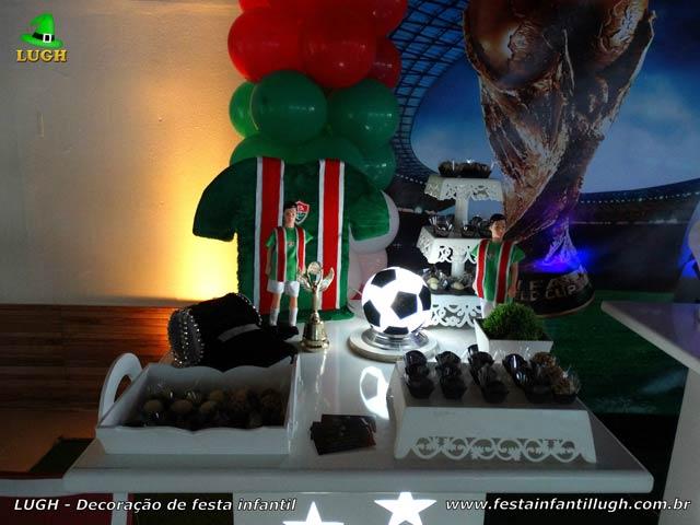 Decoração festa de aniversário tema Futebol - Mesa decorativa infantil