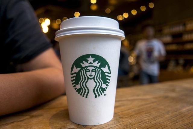 """Starbucks là tên của một nhân vật trong tiểu thuyết """"Moby-Dick"""""""