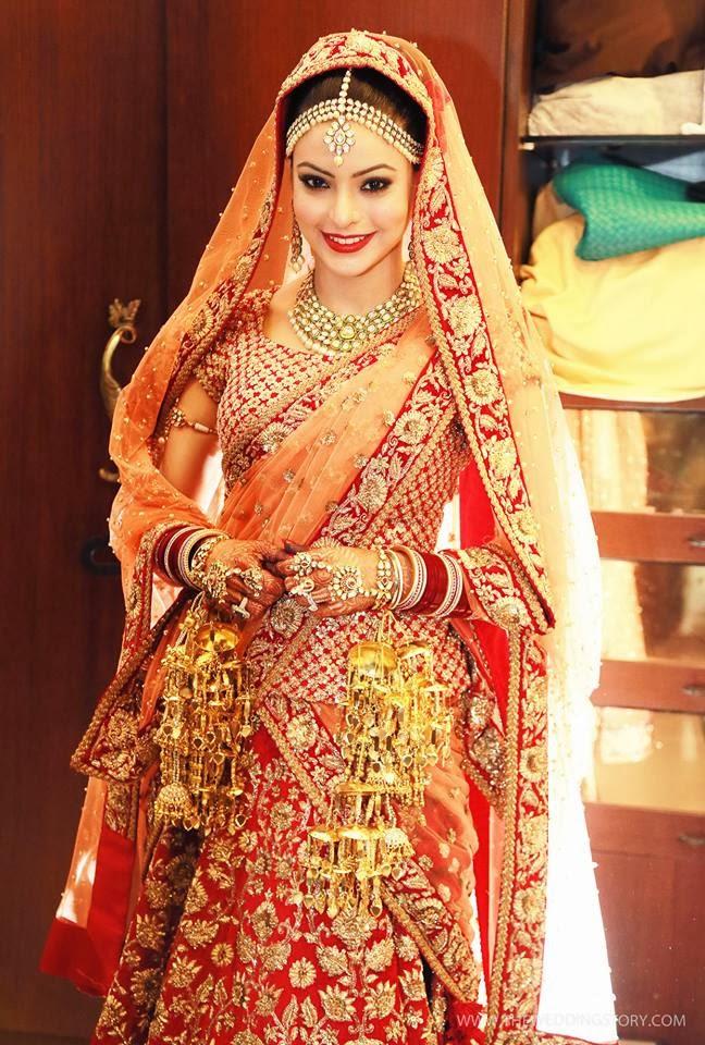 http://3.bp.blogspot.com/-ON43BvN98Dk/UsGAM95ADGI/AAAAAAAAObk/4ynnmTlyhxU/s1600/tv-actress-aamna-sharif-wedding-photos+(15).jpg Aamna Sharif Wedding