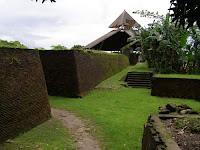 Benteng Sombaopu Benteng Peninggalan Kerajaan Gowa