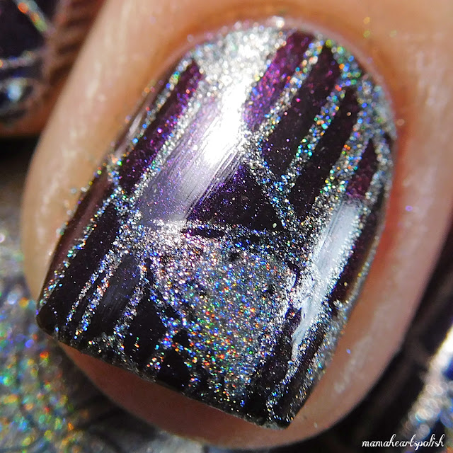Moonflower-Polish-Diamante-Swatch-macro-1