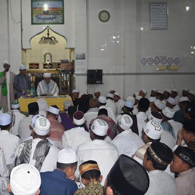 Abu MUDI Ijazahkan Thariqat