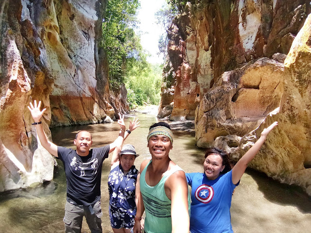 Marmol-Cliff-Tabuelan-Cebu-Guide