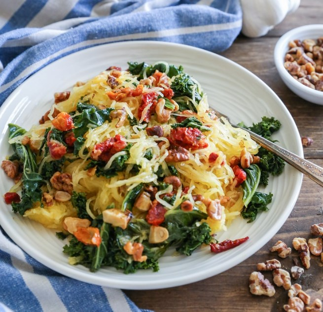 Roasted Garlic and Kale Spaghetti Squash