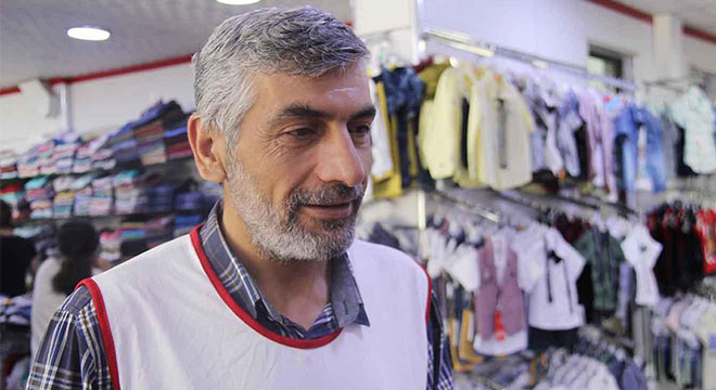 Diyarbakır'da Yetimler Vakfı 240 yetimin yüzünü güldürdü