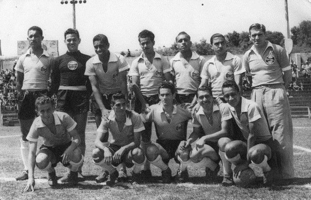 04f0a310ab99d 1955. (Foto  Anotando Futebol). 1950. (Foto  Anotando Futebol). O Quaraí  Futebol Clube foi fundado ...