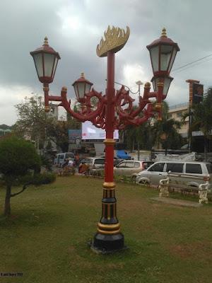 tiang lampu taman klasik