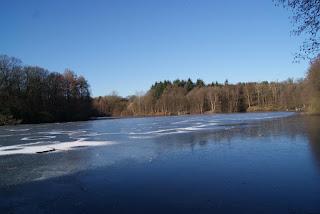 Der Zugefrorene Bensberger See