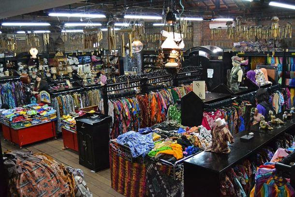 Batik Jogja Inilah 22 Tempat Berbelanja Batik Murah Di Yogyakarta
