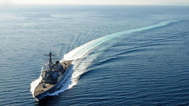 EEUU desafía a China y promete seguir navegando en el mar del Sur