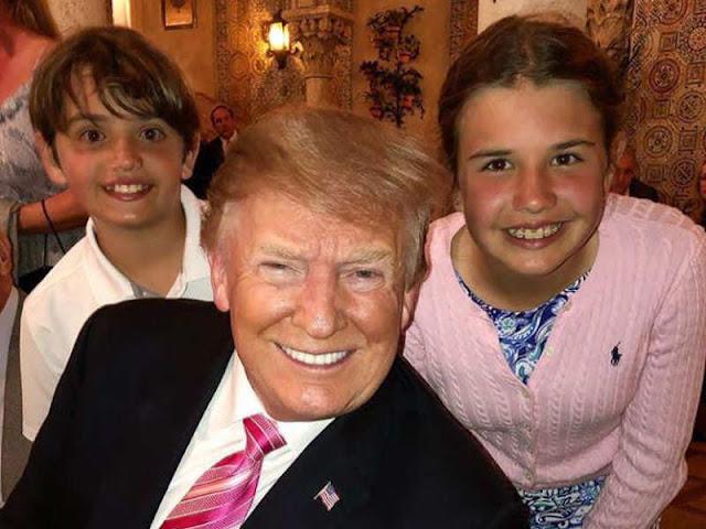 Donald Trump Luangkan Waktu Bersama Cucu di New York