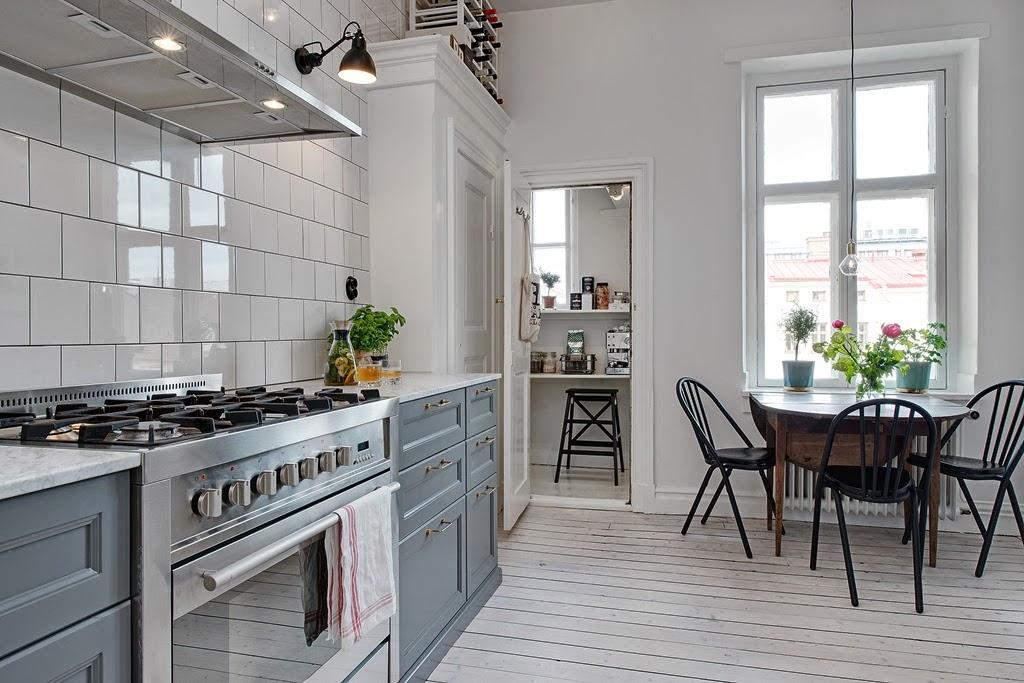 W domu Marty Szara kuchnia -> Kuchnia Biala Szara