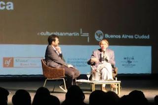 """El autor de 'Sumisión' triunfa en Buenos Aires con su visión desgarrada: """"Las élites odian al pueblo"""""""