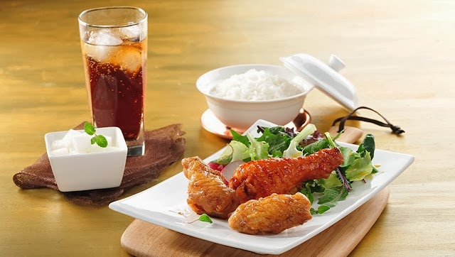 Combo Series(2 Wings,1 Stick, Korean Rice, Salad, Radish & Soda)