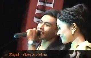 Download Dangdut RUJUK - Romantis Gerry & Andien Koplo New Pallapa