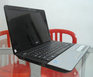 Acer Aspire E1-471 Core i3