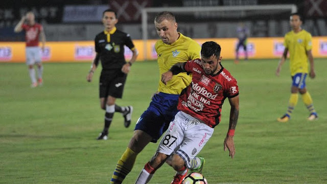 Laga Terakhir Liga 1: Persipura Diimbangi Sriwijaya, Bali United Kandaskan Persegres