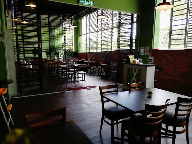 Restoran Ayam Kampung Velodrome Premium - Keenakkan Ayam Kampung Velodrome di Dpulze Cyberjaya