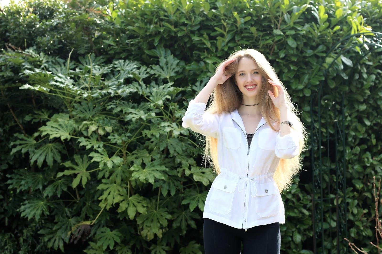 long blonde hair british blogger