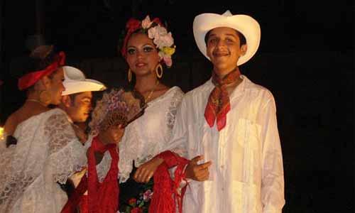 14a66b9ca Origen de la guayabera veracruzana - Destino Veracruz