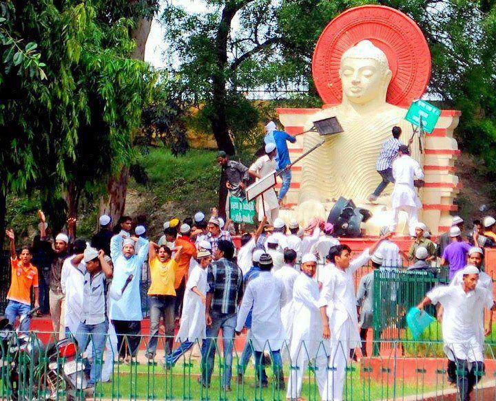 Nanda priya: Muslim Peoples attack Lord Buddha Statue in Uttar ...