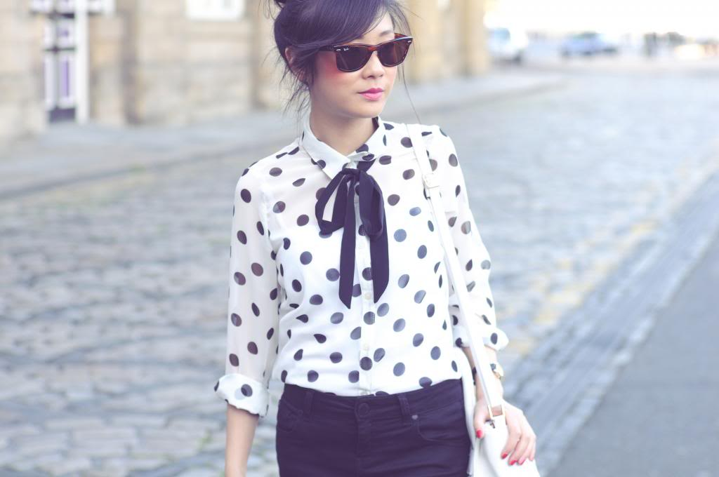 how to wear polka dots, how to style monochrome