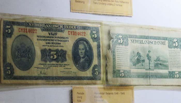 Uang Zaman Kolonial