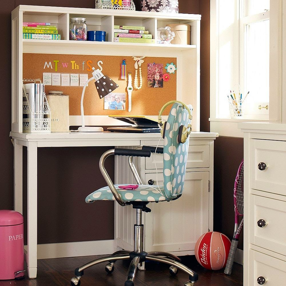 Tips For Decorating Youth Bedrooms 14