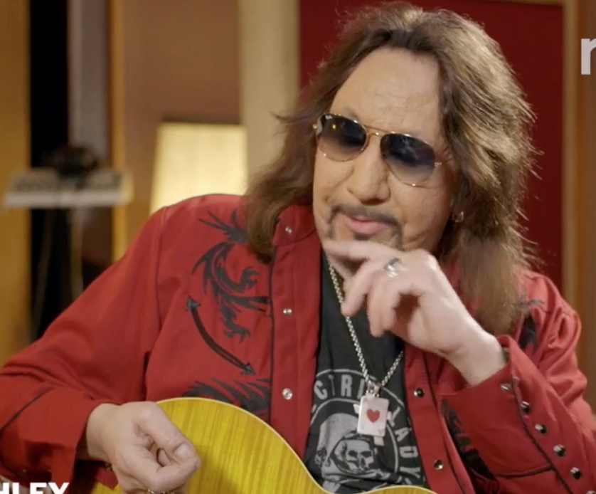 Video: Ace Frehley Teaches Us His Ways