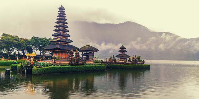 Ulun Danu Beratan Temple, A Whole Day Wanagiri Hidden Hill Bali Tour