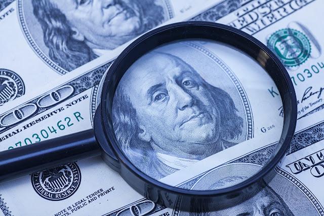 Fondos de inversión apuestan por caída de dólar
