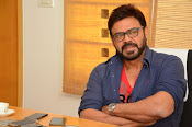 Venkatesh stylish photos gallery-thumbnail-6