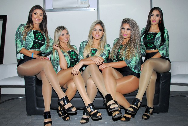 Nudes das dançarinas do Aviões do Forró