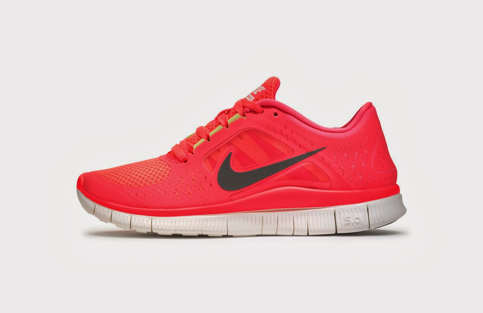 3508274ec2e ... australia click image to zoom view larger image to download nike free  run 3 hd wallpaper