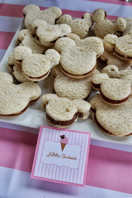minnie mouse shaped sandwiches