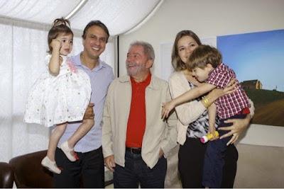 Resultado de imagem para fotos do governador camilo santana com lula