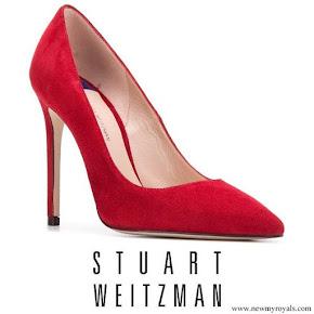 Meghan Markle wore Stuart Weitzman Nouveau Suede Pumps