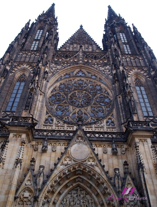 czech republic prague st vitus cathedral tour