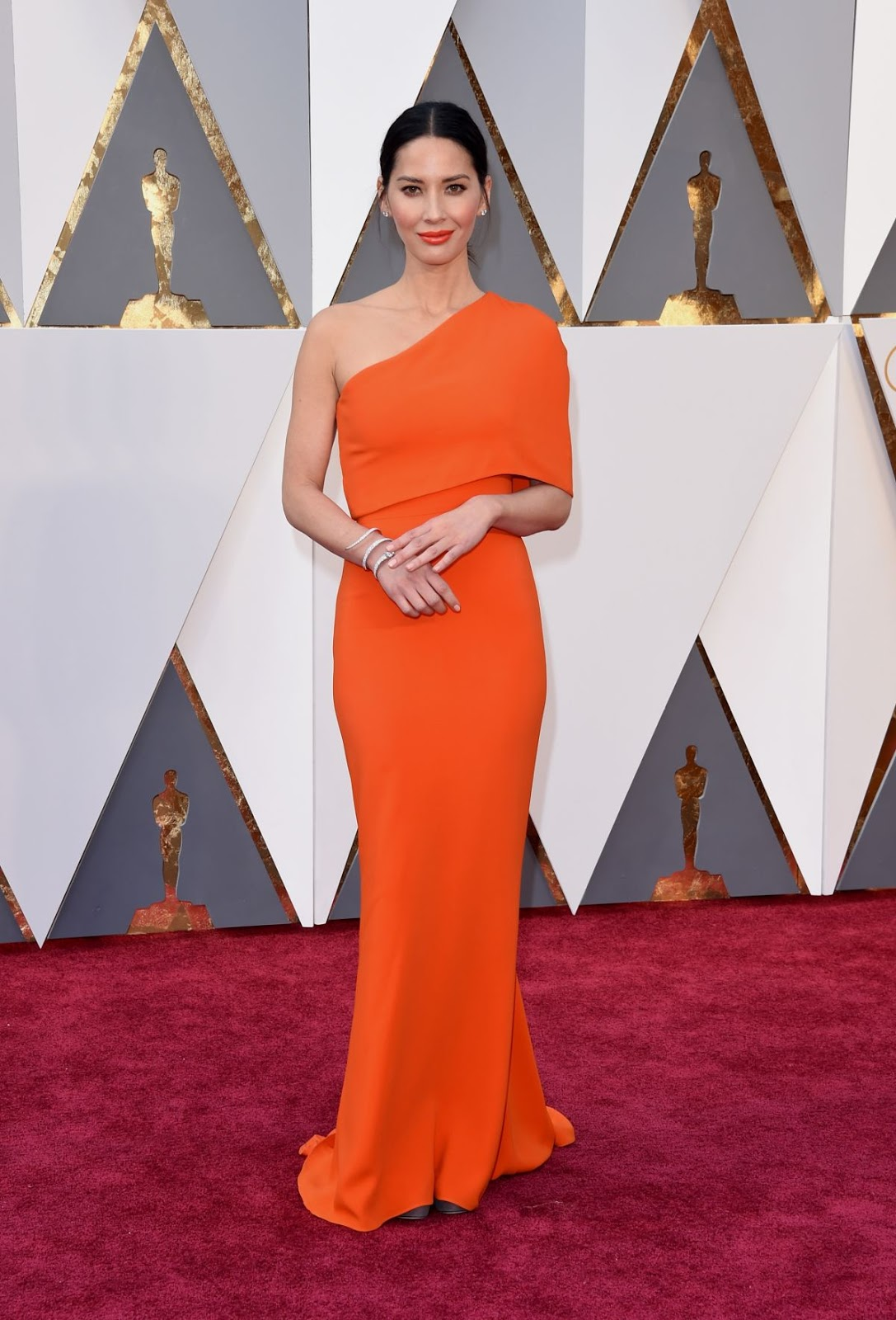 X-Men Apocalypse actress Olivia Munn at 88th Annual Academy Awards