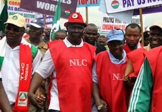 Labaran chikin kasa Nigeria :::   Babu wani ma'aikaci da zai karbi albashin kasa da N30,000 a Najeriya