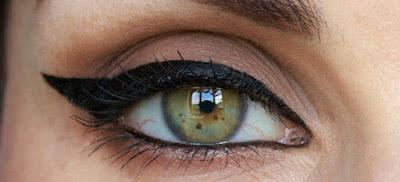 Cara Pakai Eyeliner