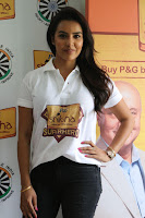 Actress Priya Anand in T Shirt with Students of Shiksha Movement Events 25.jpg