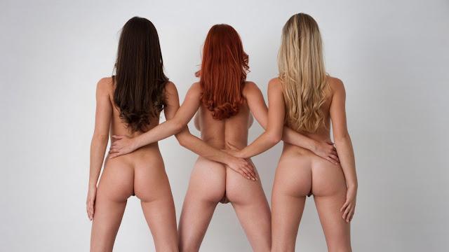 tre ragazze nude