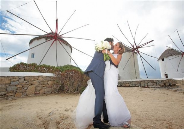 tips for planning your wedding in Greece
