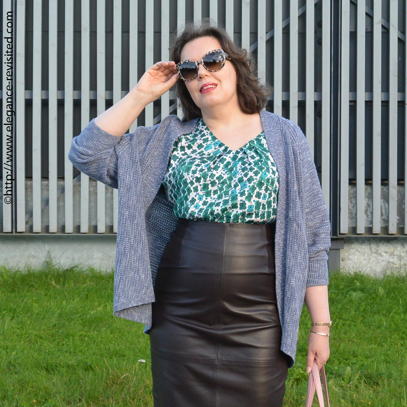how to wear a leather skirt over 50
