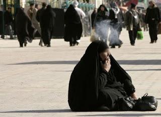 Fatwa Syiah: Boleh Minum dan Merokok Selama Berpuasa