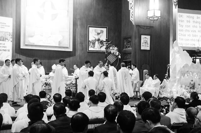 Lễ truyền chức Phó tế và Linh mục tại Giáo phận Lạng Sơn Cao Bằng 27.12.2017 - Ảnh minh hoạ 147