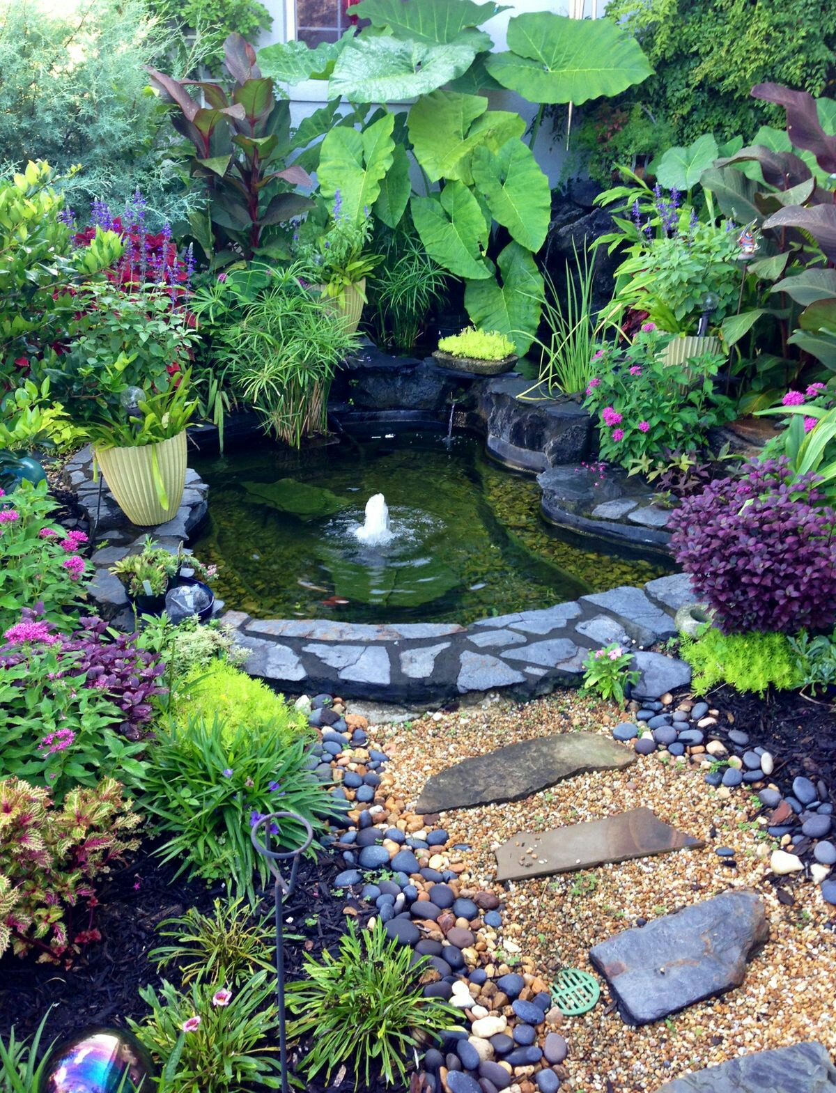 60 photos of small eye catching backyard ponds ideas for for Garden pond ideas for small gardens