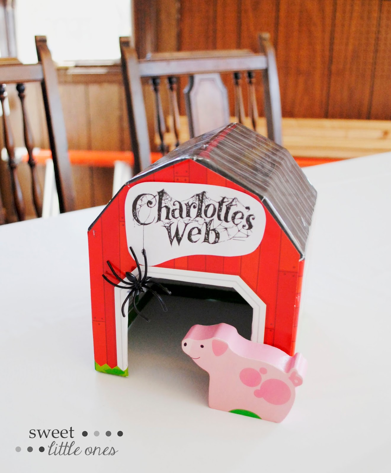 Sweet Little Ones: Charlotte's Web 1st Birthday Party